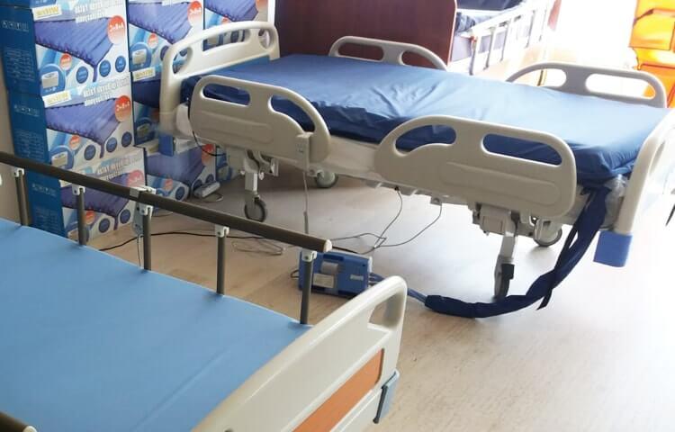 Evde Kullanım İçin Felçli Hasta Yatakları