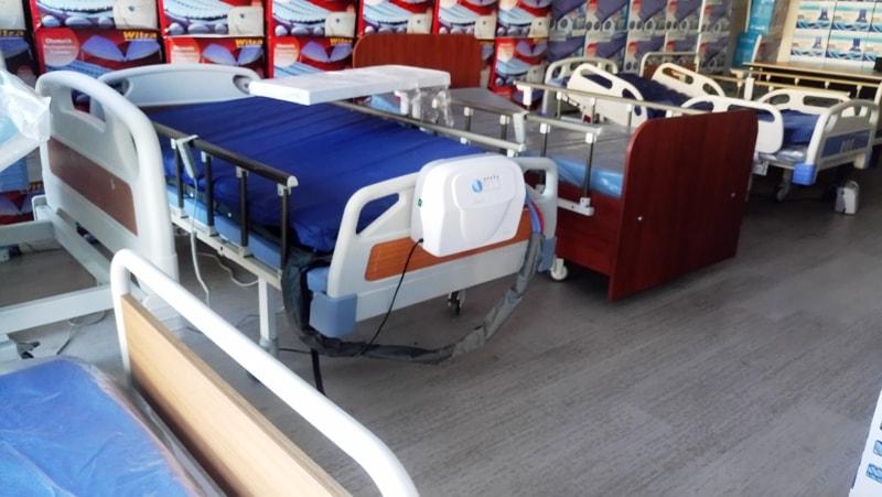 Tekerlekli hasta yatağı modelleri